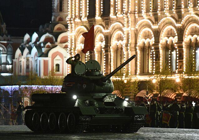 Próba przed paradą Zwycięstwa 9 maja. Plac Czerwony, Moskwa