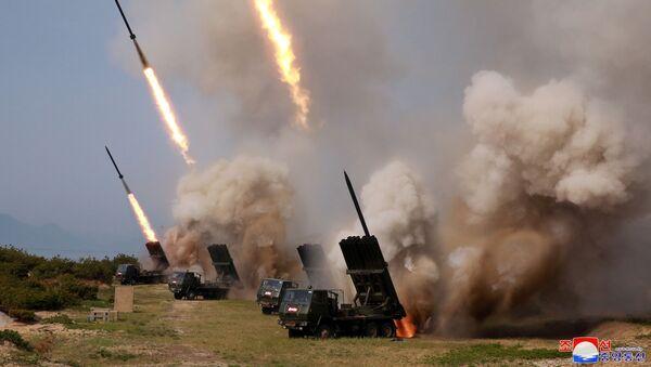 Ćwiczenia wojskowe w Korei Północnej - Sputnik Polska