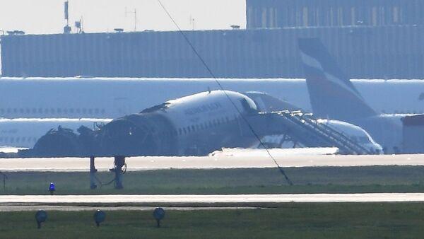 Samolot Sukhoi Superjet 100 linii lotniczych Aerofłot, Szeremietiewo - Sputnik Polska