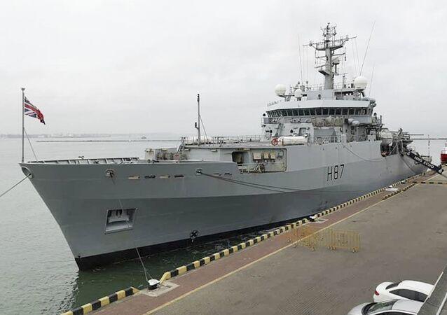 Hydrograficzny okręt Brytyjskiej Marynarki Wojennej ECHO w porcie Odessy