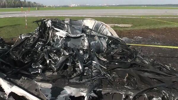 Samolot Sukhoi Superjet-100 Aeroflotu, na pokładzie którego doszło do tragedii - Sputnik Polska