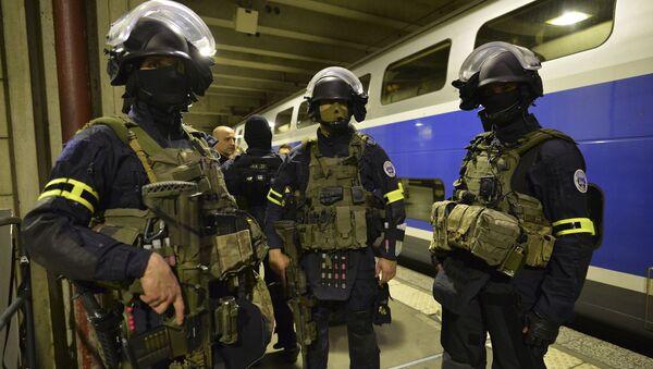 Francuska Grupa Interwencyjna Żandarmerii Narodowej (GIGN) - Sputnik Polska
