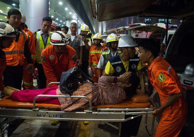 Samolot bangladeskiej linii lotniczej Biman rozbił się w porcie lotniczym Mjanmy