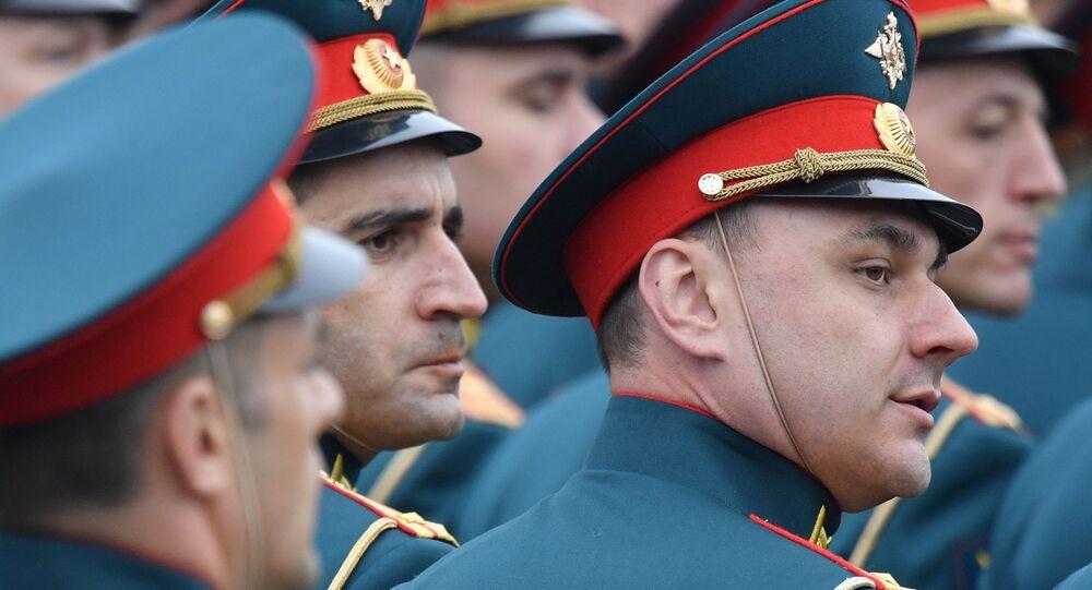"""Oficerowie Wojskowego Centrum Naukowo-Szkoleniowego Wojsk Lądowych """"Ogólnowojskowej Akademii Sił Zbrojnych Federacji Rosyjskiej"""""""