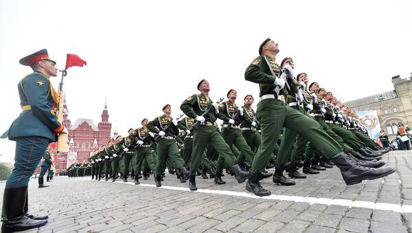 Parada Zwycięstwa na Placu Czerwonym w Moskwie - Sputnik Polska