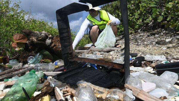 Plastikowe odpady w Hondurasie - Sputnik Polska