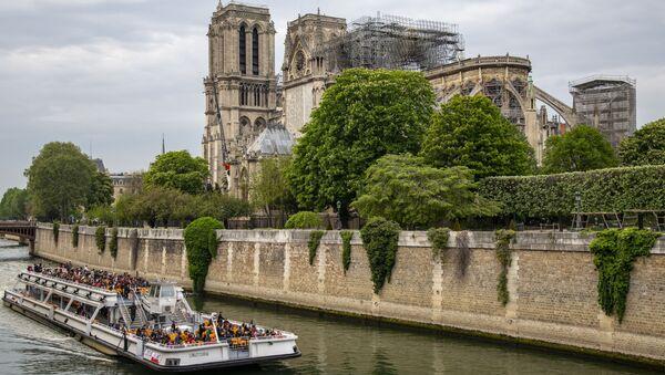 Katedra Notre-Dame w Paryżu - Sputnik Polska