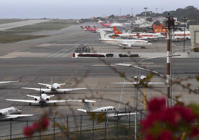 Międzynarodowy port lotniczy im. Simona Bolivara w Wenezueli