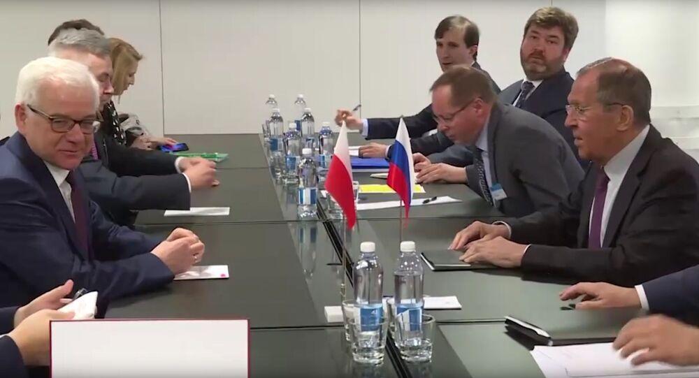 Minister spraw zagranicznych Polski Jacek Czaputowicz i szef rosyjskiej dyplomacji Siergiej Ławrow w Helsinkach