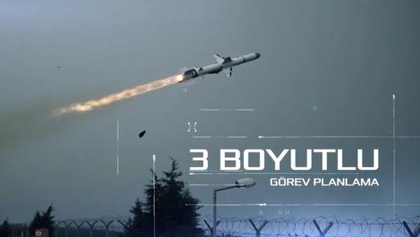 Kadr wideo z lotu rakiety Atmaca - Sputnik Polska