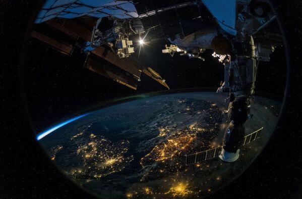 Zdjęcie Ziemi wykonane Z MSK przez niemieckiego astronautę Alexandra Gersta - Sputnik Polska
