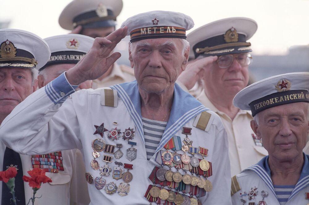 Weterani Floty Oceanu Spokojnego, 2001 rok