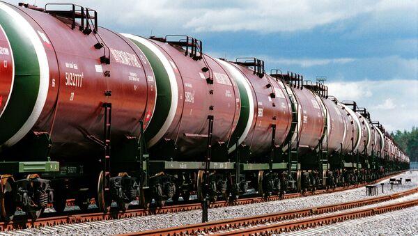 Cysterny z rosyjską ropą - Sputnik Polska