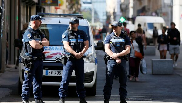 Policja na miejscu wybuchu, Lyon - Sputnik Polska