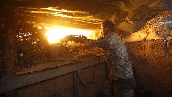 Ukraińskie wojska ostrzeliwują pozycje powstańców - Sputnik Polska
