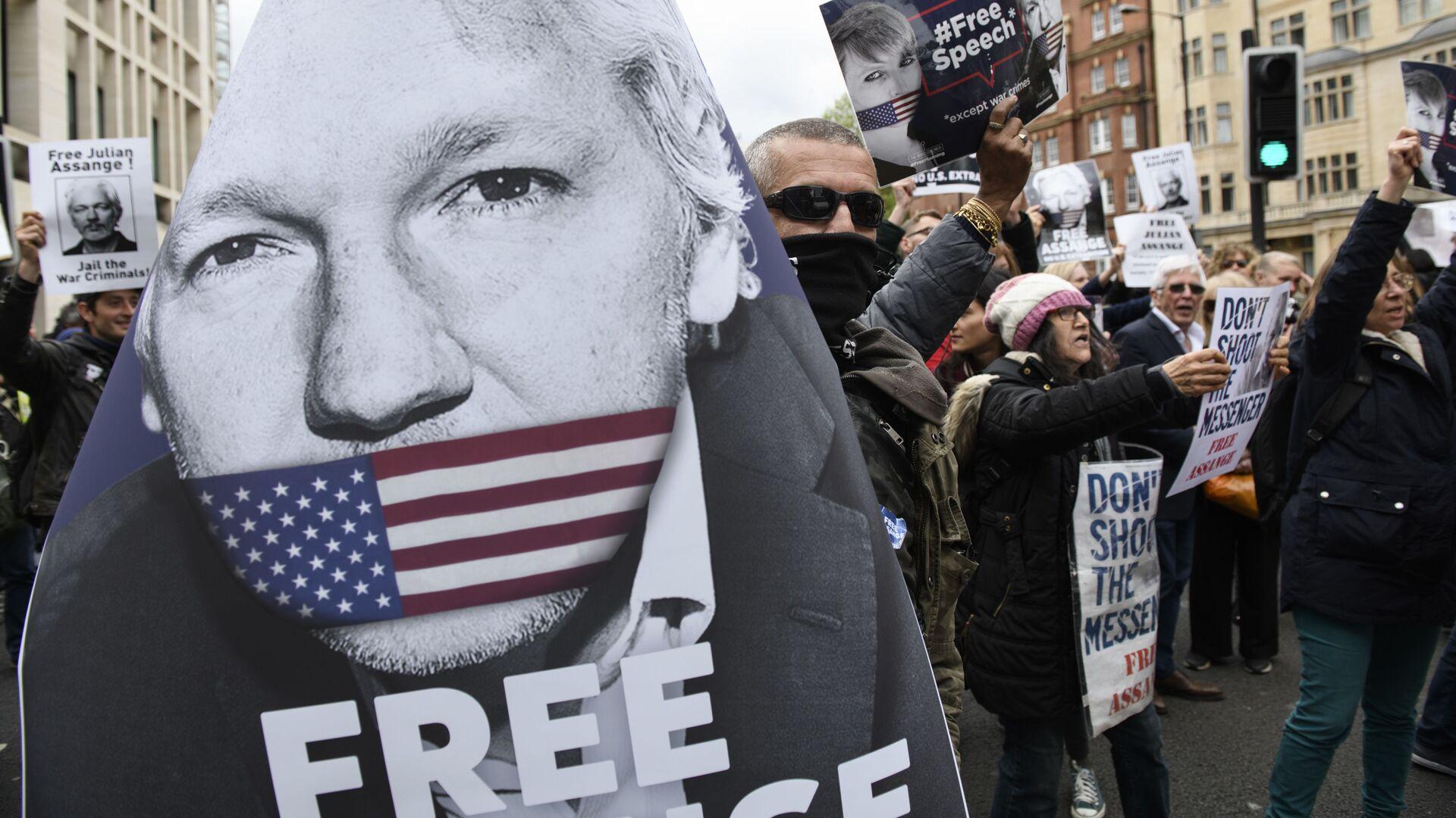 Akcja zwolenników Juliana Assange'a w Londynie - Sputnik Polska, 1920, 24.06.2021