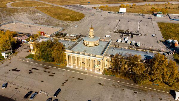 Lotnisko Siewiernyj w Nowosybirsku - Sputnik Polska