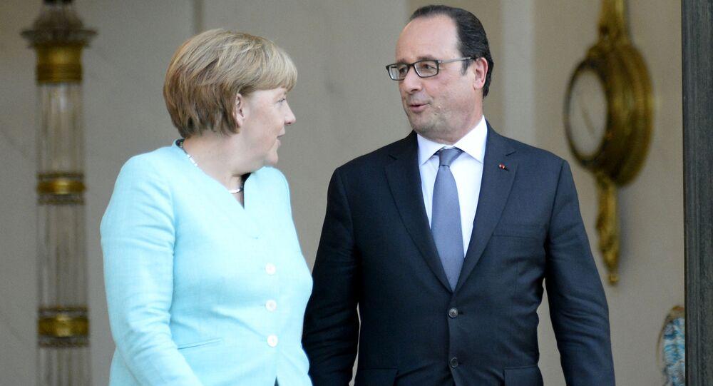 Prezydent Francji Francois Hollande i kanclerz Niemiec Angela Merkel w Paryżu