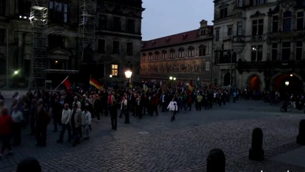 Akcja protestu w Derźnie: Merkel nach Sibirien, Putin nach Berlin! - Sputnik Polska