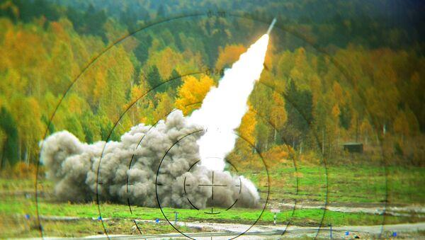 System artylerii rakietowej Smiercz w czasie pokazu zbrojeń Russian Expo Arms-2013 w Niżnym Tagile - Sputnik Polska