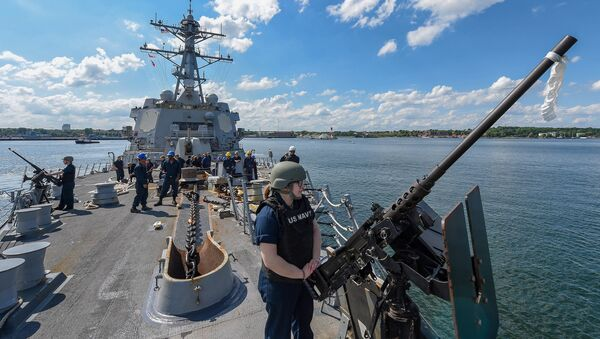 Wojskowi NATO na niszczycielu USS Gravely w czasie manewrów Baltops 2019 na Morzu Bałtyckim - Sputnik Polska