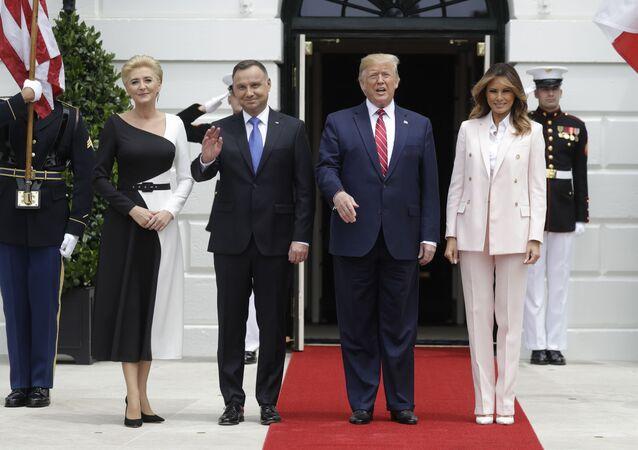 Prezydenci Polski i USA Andrzej Duda i Donald Trump wraz z małżonkami