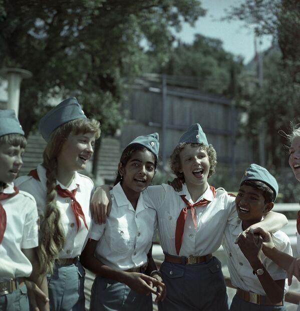 Pionierzy z Indii w Arteku, 1968 rok - Sputnik Polska