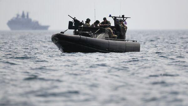 Żołnierze piechoty morskiej brytyjskiej armii - Sputnik Polska