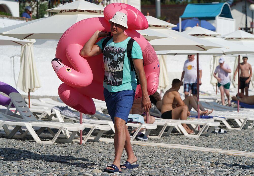 Plaża w rejonie Adler w Soczi
