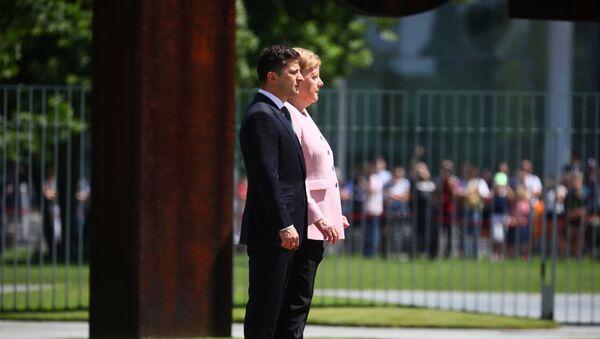 Kanclerz Niemiec Angela Merkel i prezydent Ukrainy Wołodymyr Zełenski - Sputnik Polska