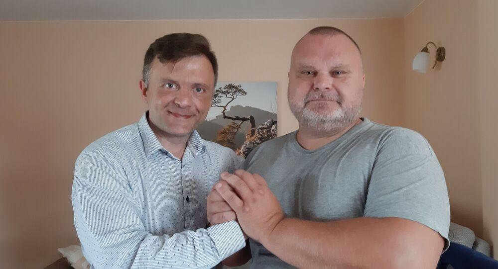 Polski polityk i politolog Mateusz Piskorski i senator Maciej Grubski. Czerwiec 2019 r.
