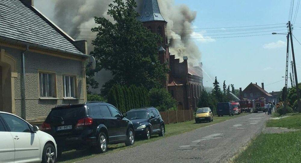 Pożar kościoła pw. świętych apostołów Piotra i Pawła w Lutolu Suchym w województwie lubuskim