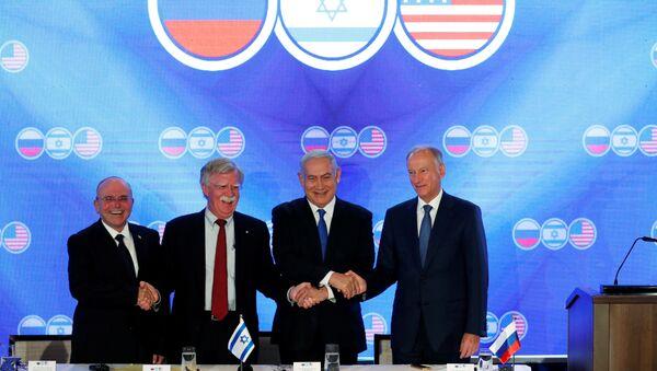 Negocjacje między przedstawicielami Stanów Zjednoczonych, Izraela i Rosji w Jerozolimie - Sputnik Polska