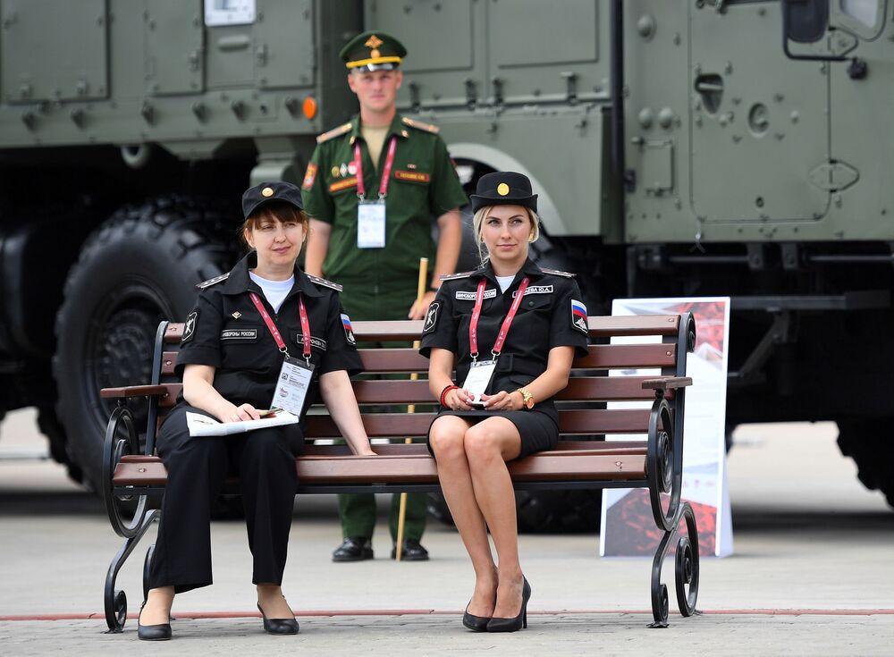 """Uczestnicy V Międzynarodowego Forum Wojskowego """"Armia-2019"""""""
