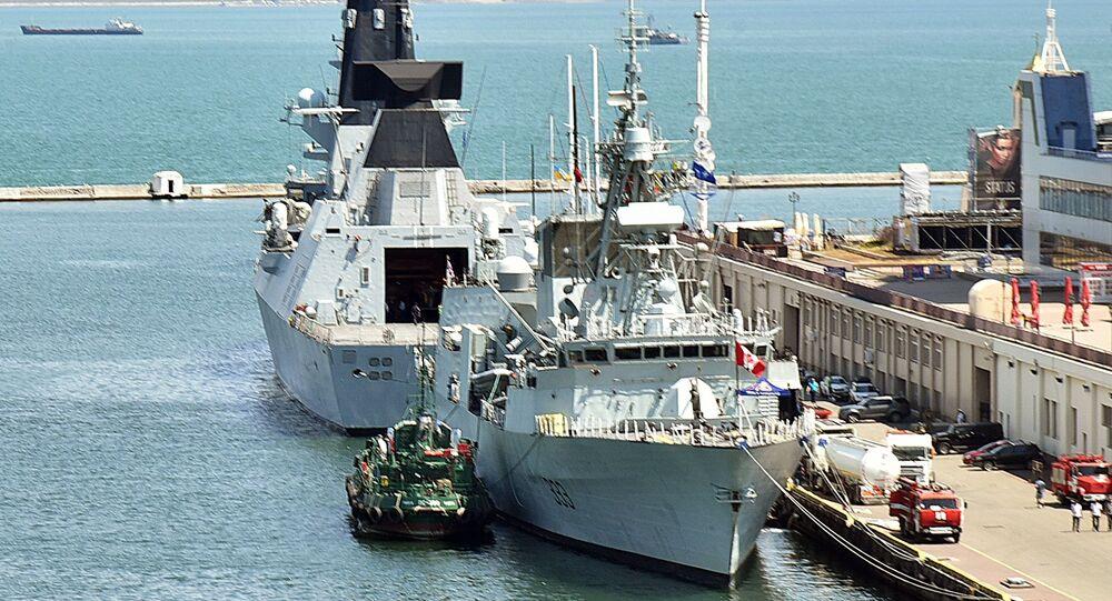 """Kanadyjska fregata """"Toronto"""" i brytyjski niszczyciel """"Duncan"""" przybyły do portu morskiego Odessy, aby wziąć udział w międzynarodowych ćwiczeniach """"Sea Breeze - 2019"""""""