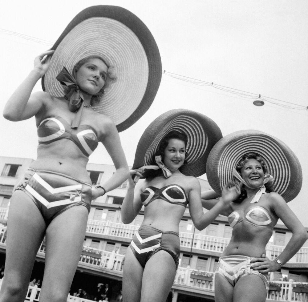 Prezentacja bikini w Paryżu, 1951 rok