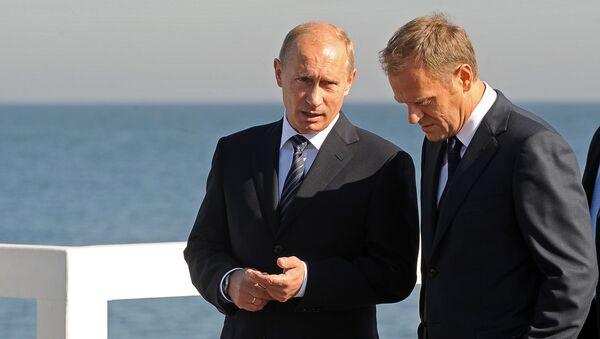 Władimir Putin i Donald Tusk podczas spotkania w Sopocie we wrześniu 2009 roku - Sputnik Polska