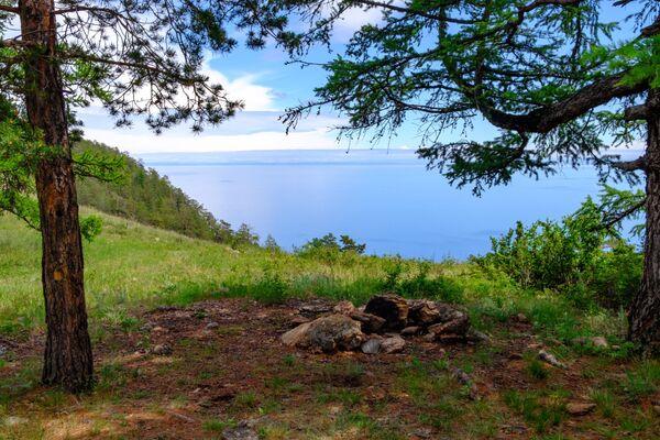 Wyspa Olchon na jeziorze Bajkał w obwodzie irkuckim - Sputnik Polska