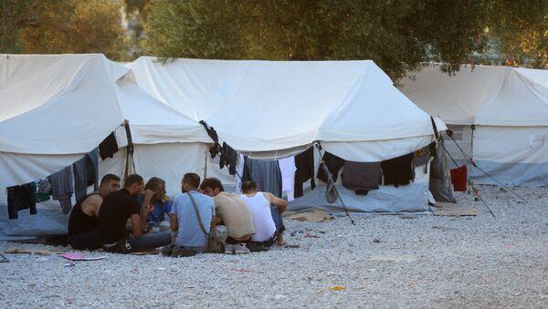 Obóz dla uchodźców na greckiej wyspie Lesbos - Sputnik Polska