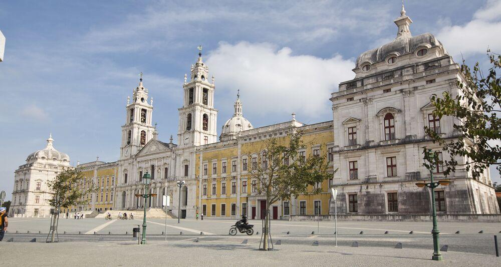 Pałac w Mafrze w Portugalii