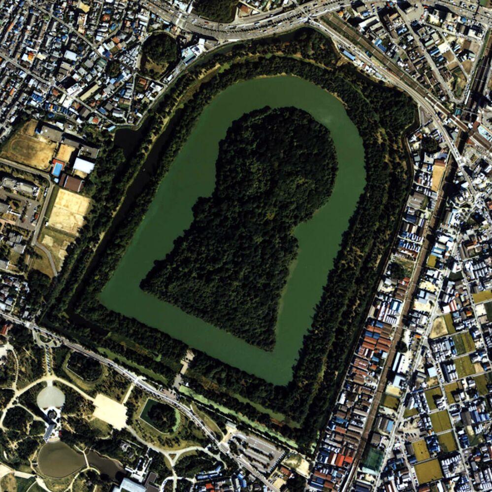 Daisenryō-kofun w Sakai uznany przez rząd japoński za grobowiec Nintoku