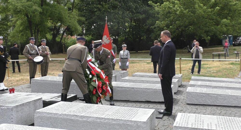 Prezydent Andrzej Duda składa hołd ofiarom Rzezi Wołyńskiej w 76. rocznicę ludobójstwa