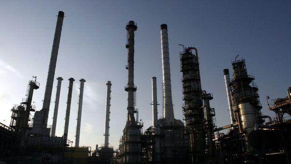 Rafineria w Teheranie - Sputnik Polska