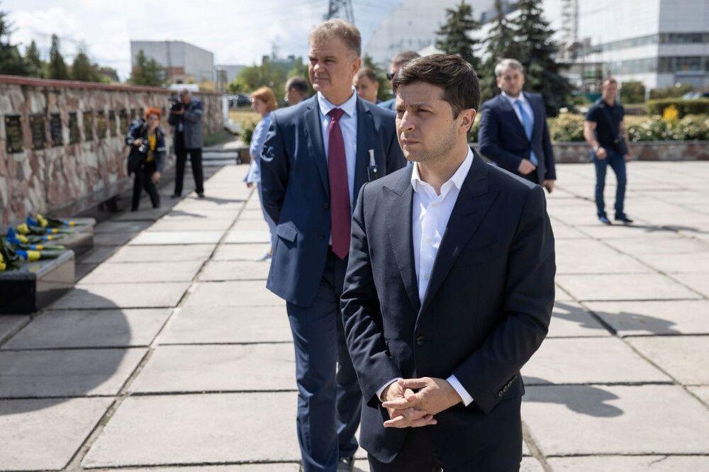 Prezydent Ukrainy Wołodymyr Zełenski na uroczystości oddania do użytku nowego sarkofagu nad Czarnobylską Elektrownią Atomową.