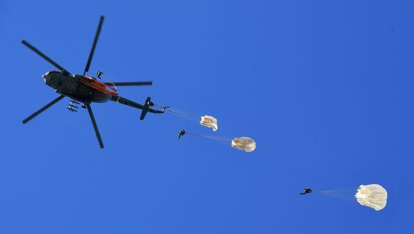 Rosyjscy spadochroniarze - Sputnik Polska