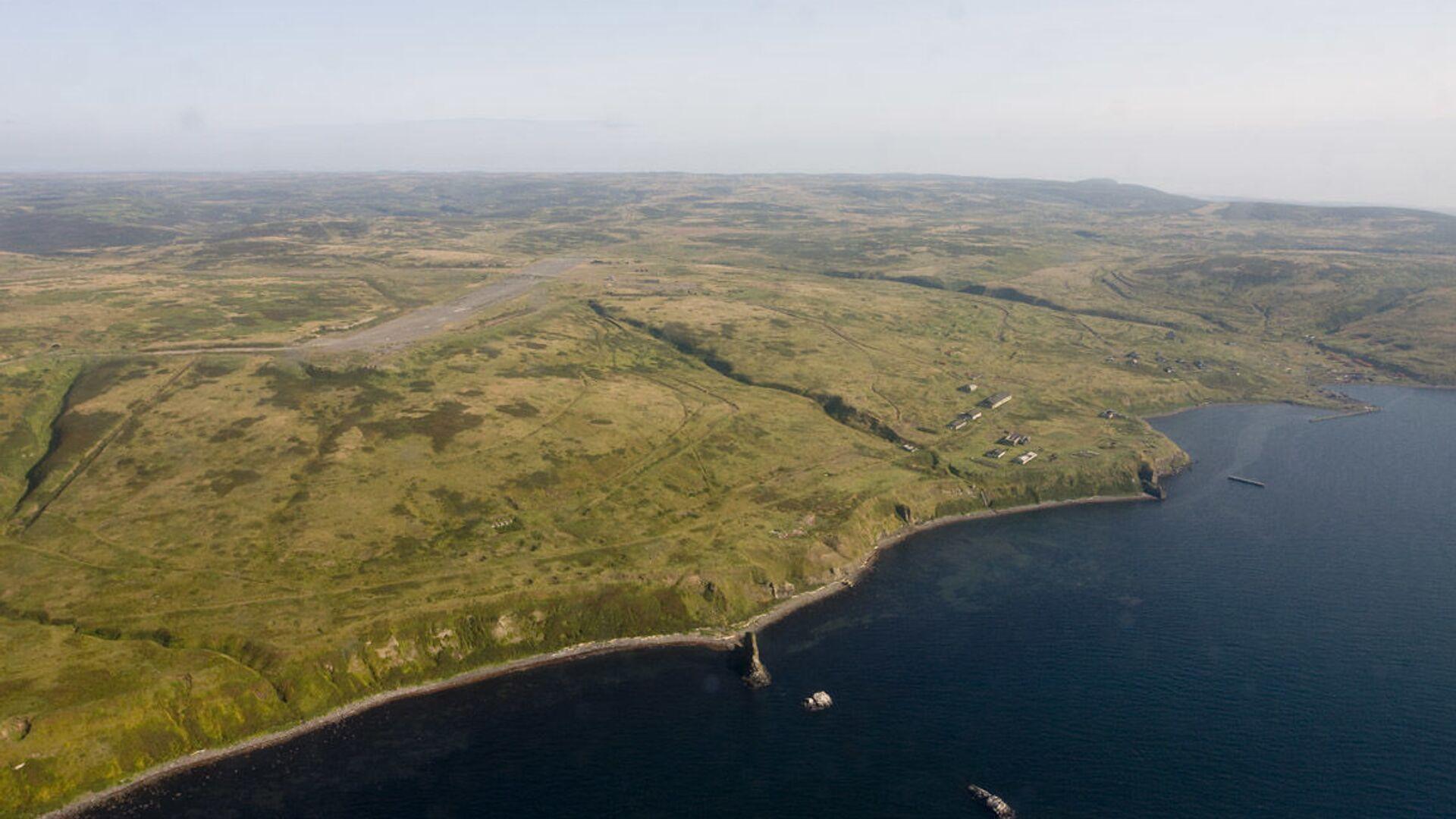 Szumszu, najdalej wysunięta na północny wschód wyspa archipelagu Kuryli. - Sputnik Polska, 1920, 20.08.2021