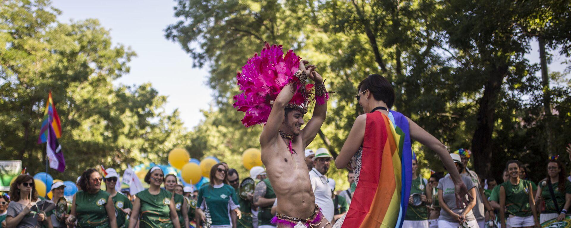 Parada LGBT w Madrycie - Sputnik Polska, 1920, 14.03.2021