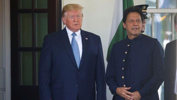 Prezydent USA Donald Trump i premier Pakistanu Imran Han - Sputnik Polska