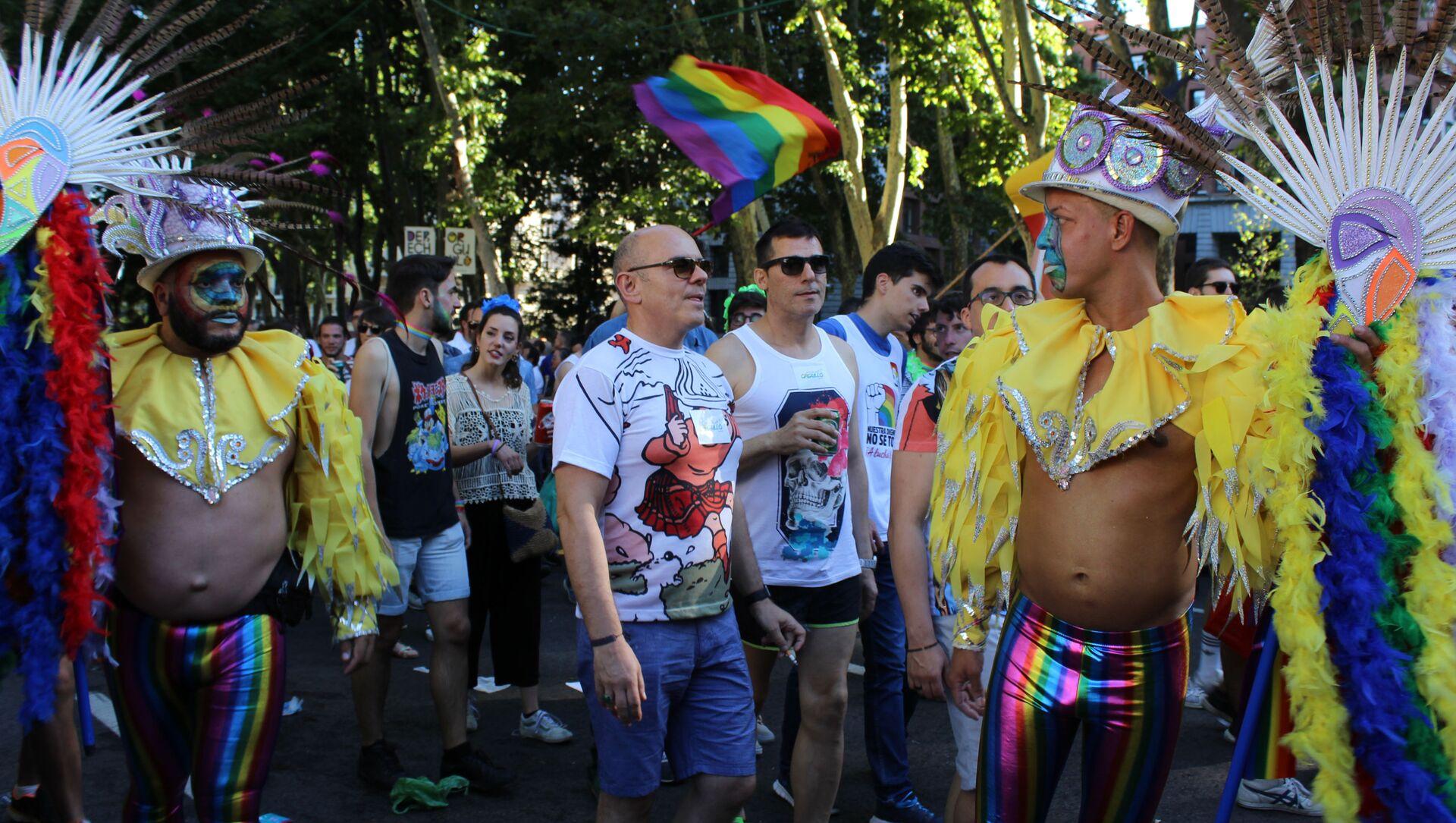 Marsz LGBT w Madrycie - Sputnik Polska, 1920, 30.04.2021