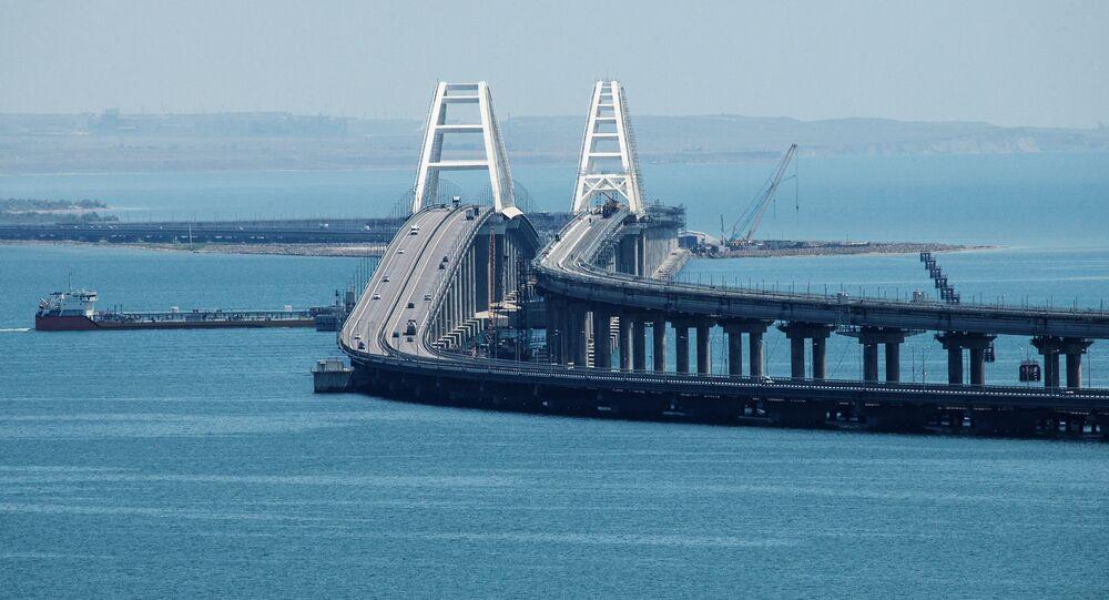 Most Krymski przez Cieśninę Kerczeńską